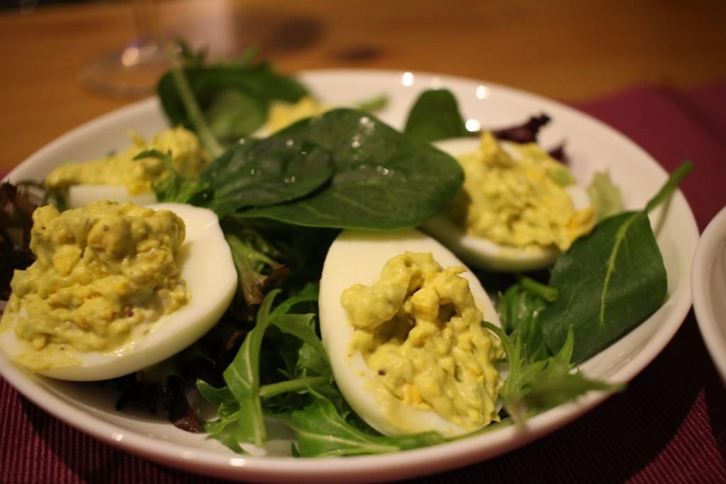 卵とアボカド