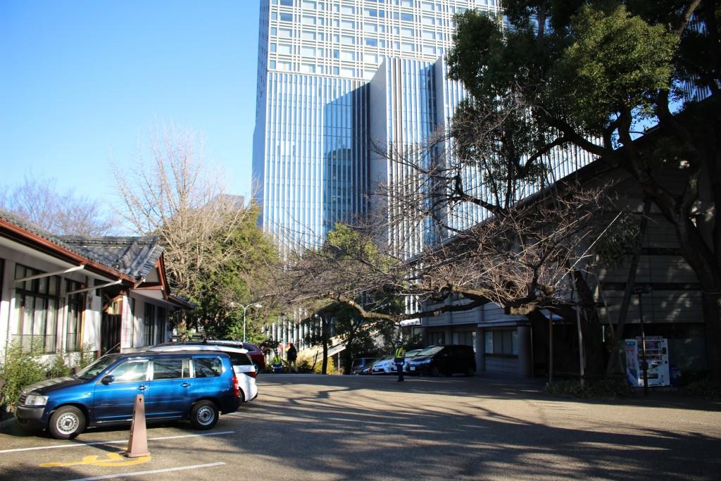 日枝神社の駐車場