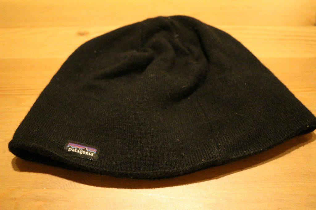 浅いニット帽