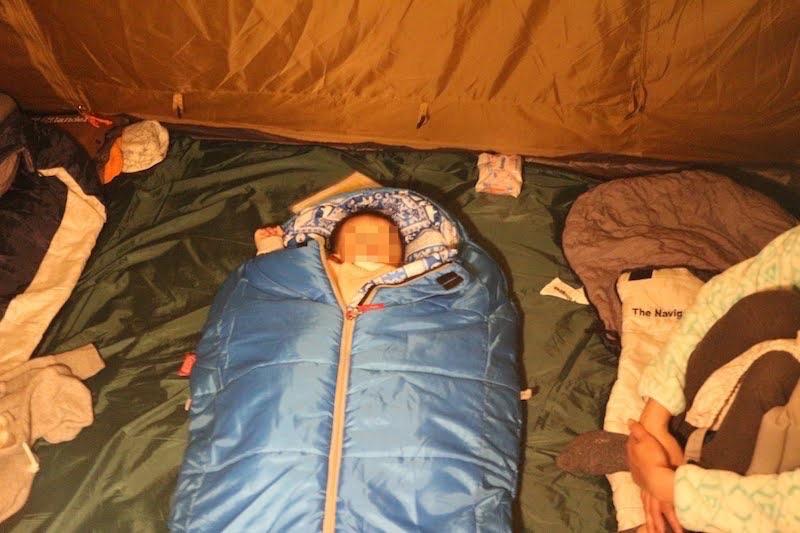 キッズマミーで寝ている息子