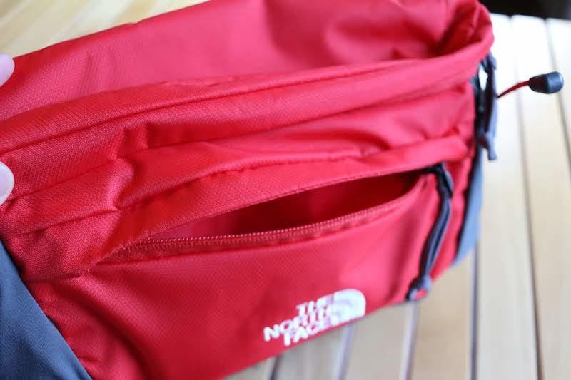前面のポケット