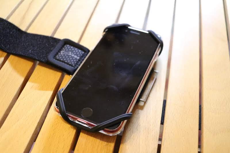 iPhone8をつけたところ