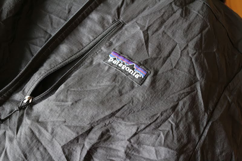 フーディニジャケット胸ポケット